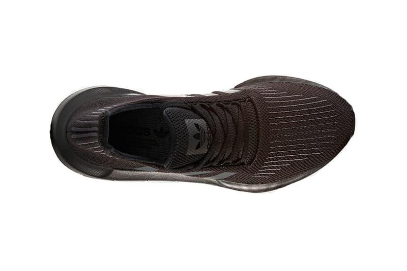 "adidas Originals Swift Run ""Triple Black"""
