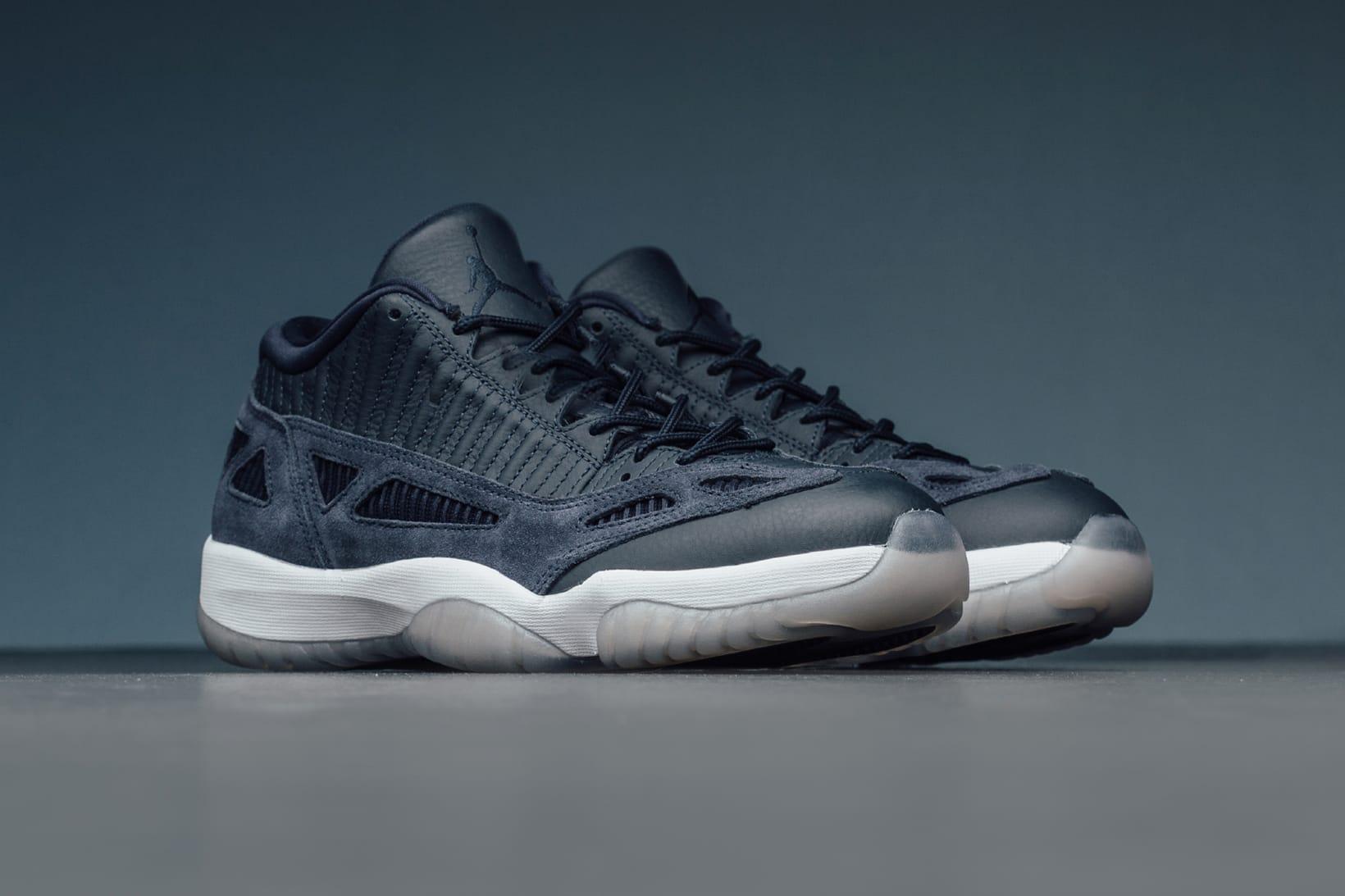 Air Jordan 11 Low IE \