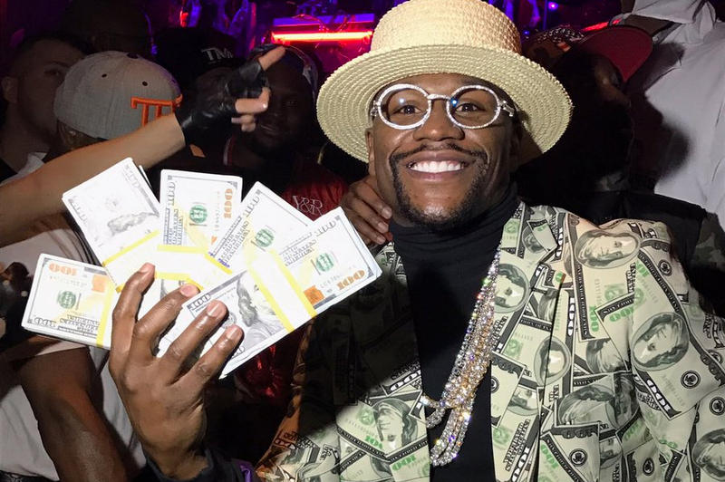Floyd Mayweather Conor McGregor Billion Career Earnings