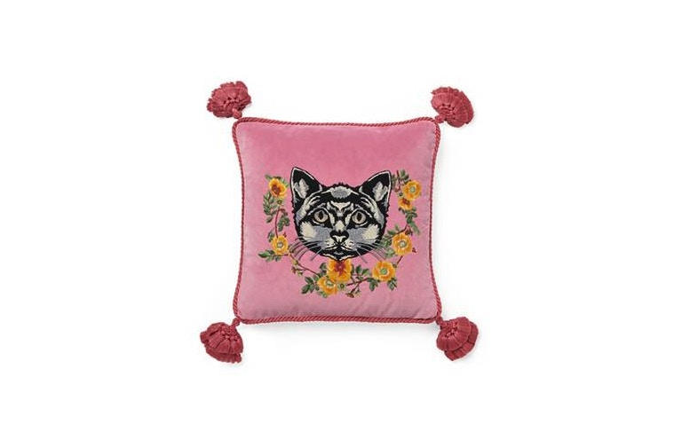 Gucci Home Decor Pillow Cushion Chair tray Candle Alessandro Michele 2017 September furniture