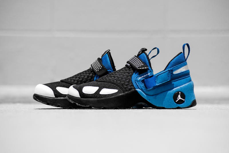 purchase cheap 099c0 b6c07 Jordan Trunner LX OG Black White Team Royal