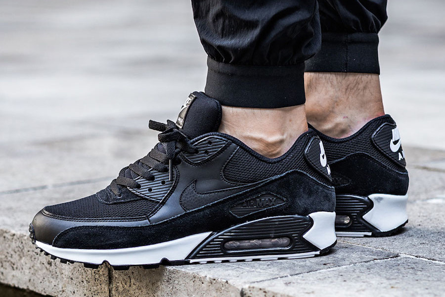 the latest 800fc 35c15 Nike Air Max 90 Black & White | HYPEBEAST