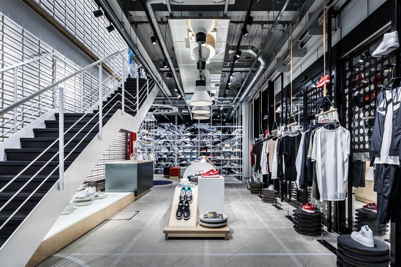 Nike Kicks Lounge Omotesando Japan Sneakers Shoes Footwear Store tokyo store retail inside
