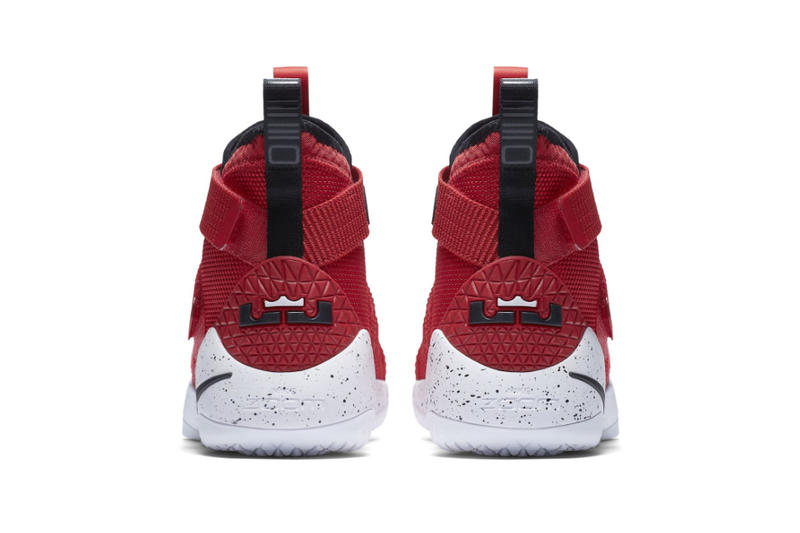 newest 110df bc910 Nike LeBron Zoom Soldier 11