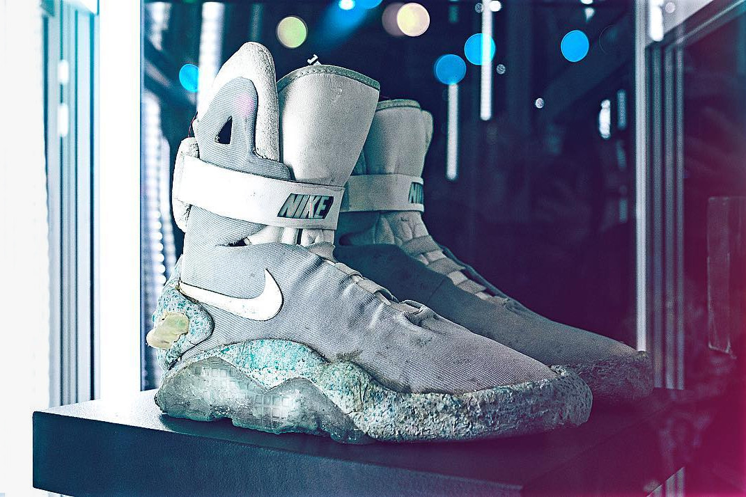 Original 1989 Nike MAGs to be Auctioned