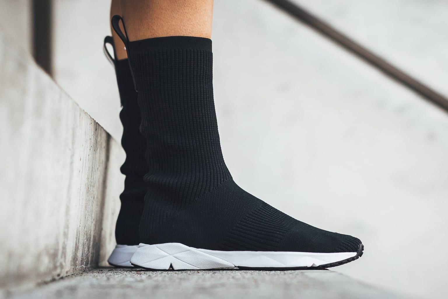 Reebok Sock Runner Ultraknit On Feet