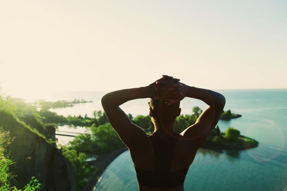 VSCO x Oakley Prizm Everyday Lens overlooking cliff