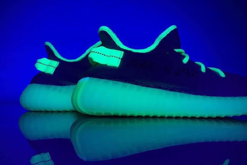 adidas Originals YEEZY BOOST 350 V2 Glow-in-the-Dark