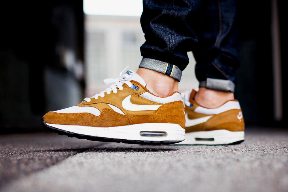 atmos Nike Air Max 1 Curry 2018 Retro Sneakers Shoes Footwear Release Date Info 2003 rumors jeans white blue