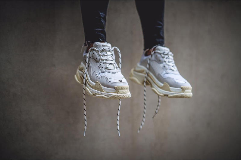 Balenciaga Triple S Cream White Black On Foot Dad Look Vibes Chunky Shoes White