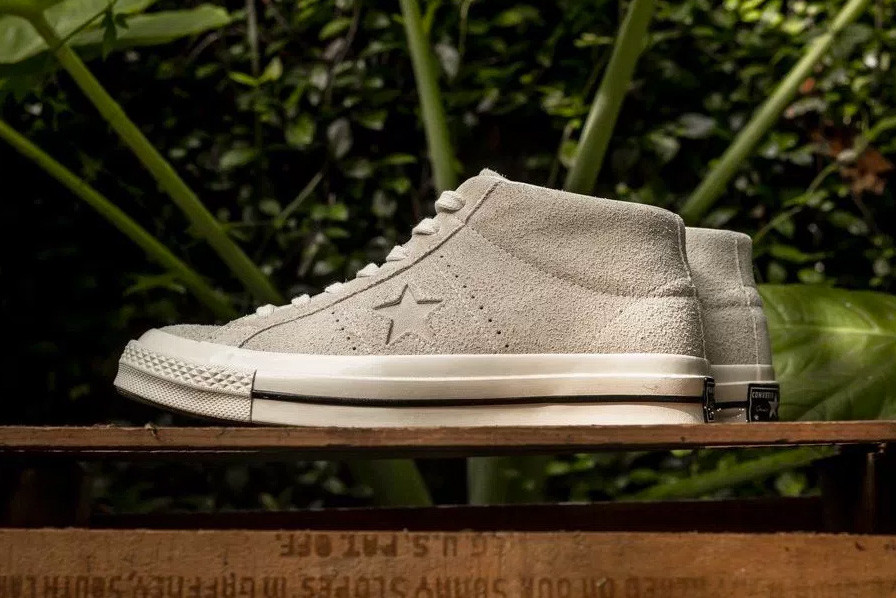 24157c0c6445 Converse Gives Its One Star Model a Fall-Friendly Mid-Top Makeover