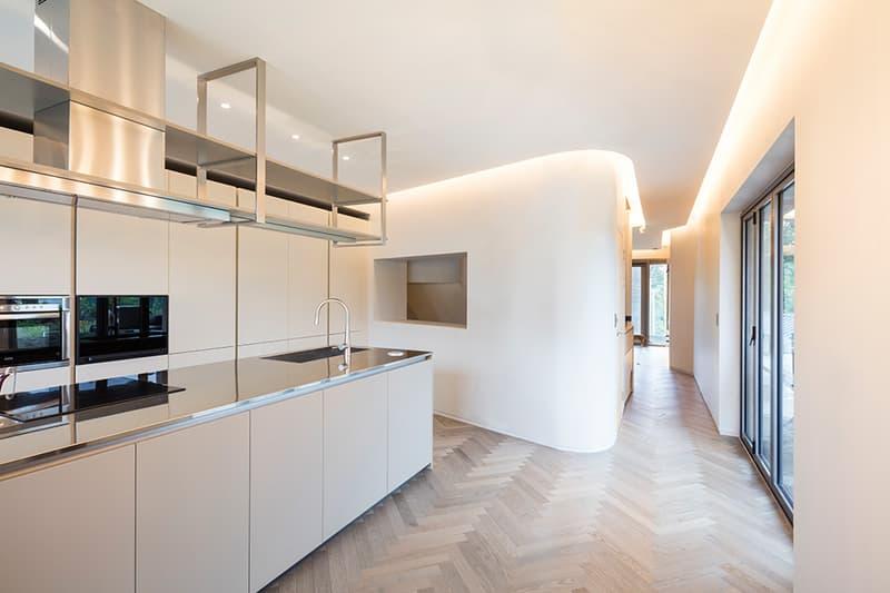 """MOON HOON Concrete Stack """"Simple House"""" Korea Island"""