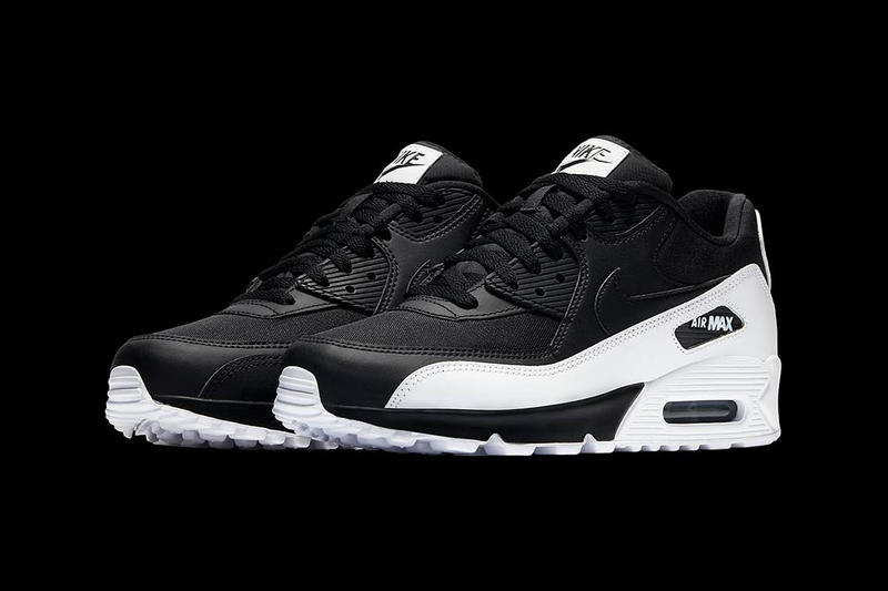 Nike Air Max 90 Essential High Contrast Colorway