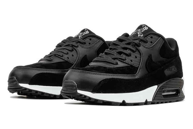 """Nike Air Max 90 Joins the """"Rebel Skull"""" Collection"""