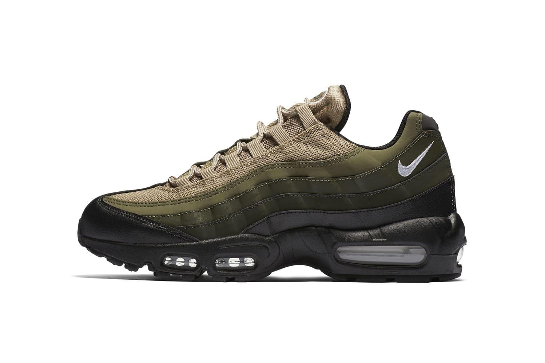 Nike Air Max 95 Essential in Black