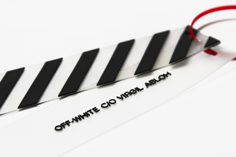 cb55d3700732 Off-White™ Reveals What to Do With Its Zip-Tie Tag   HYPEBEAST
