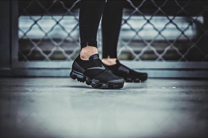 On-Feet Look Nike Air VaporMax Laceless