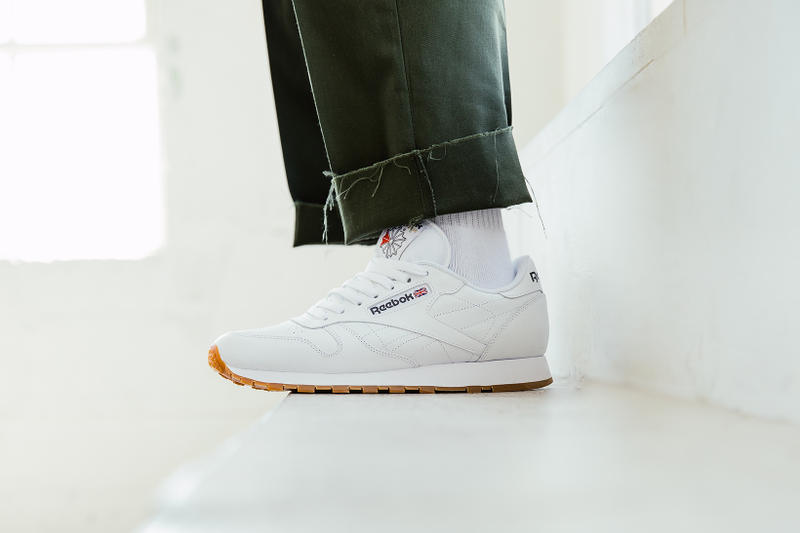 Reebok Classic Leather in white side profile