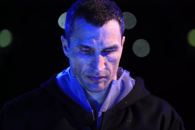 sale retailer c8844 5017d Wladimir Klitschko Steps Down From Boxing and Declines Joshua Rematch