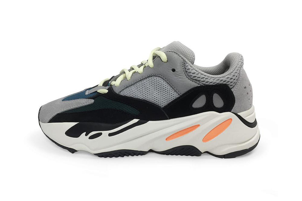 yeezy supply kanye west wave runner 700