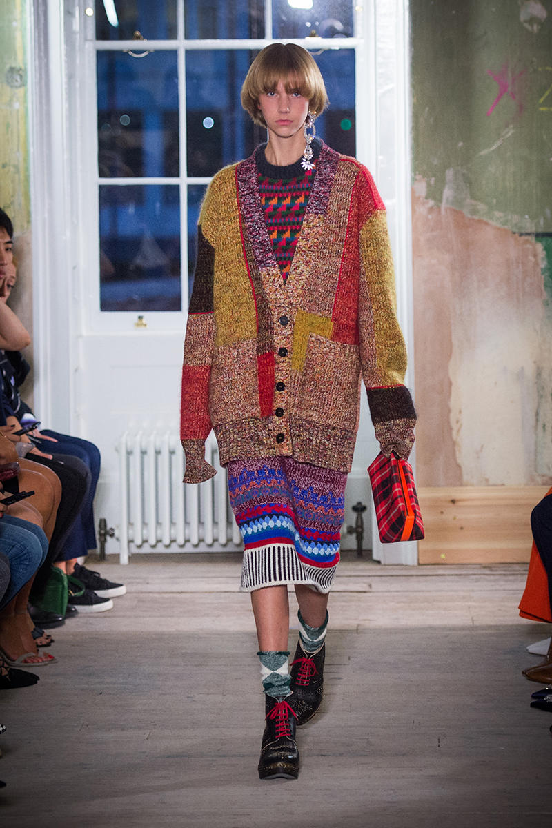 Burberry 2017 Fall Winter September Collection Drop