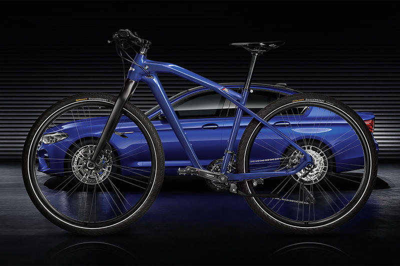 BMW M Bike Limited Carbon Edition M5 fiber bicycle cycle blue black yellow aluminum frame marina bay
