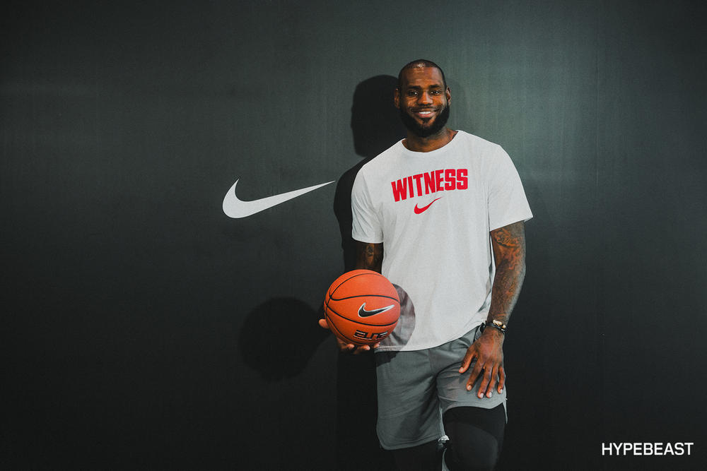 LeBron James Nike LeBron 15 NBA Basketball Cleveland Cavaliers