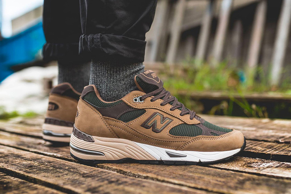 New Balance 991 Gets Two Fall-Ready