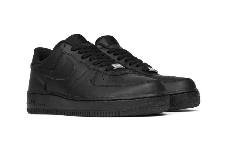 Nike Air Force 1 '07 Triple Black