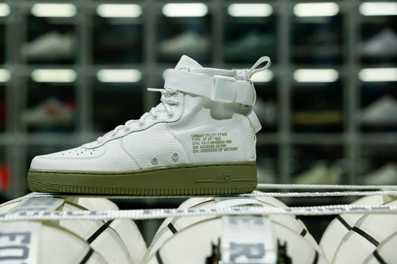 """Nike Sportswear """"The COURT by FORCE"""" Booth YOHOOD Photos"""