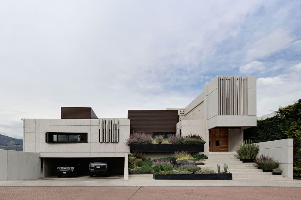 Rio House by Aarón Carrillo Díaz in Pachuca, Mexico