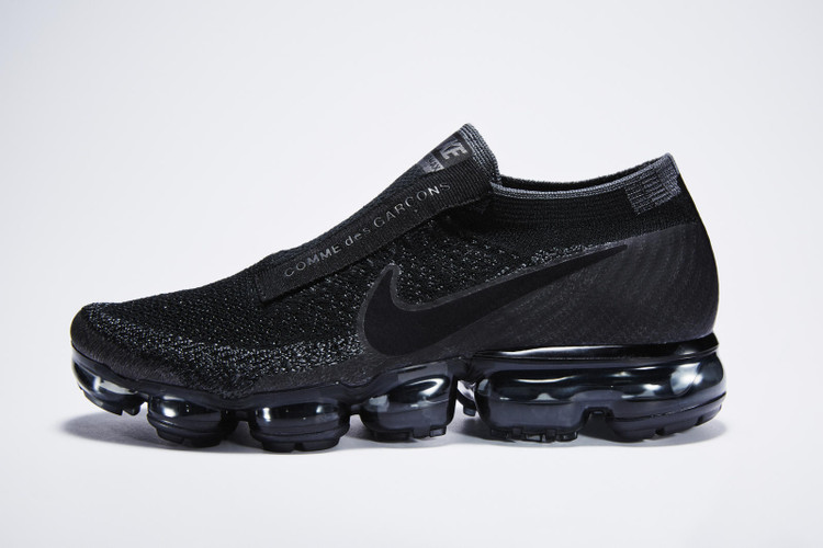 premium selection 4bf37 edef0 A COMME des GARÇONS x NikeLab Air VaporMax Restock Is on Its Way