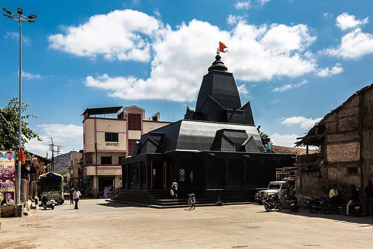 Within N Without Architects Maruti Mandir All-Black Stone Temple India Nashik Maharashtra
