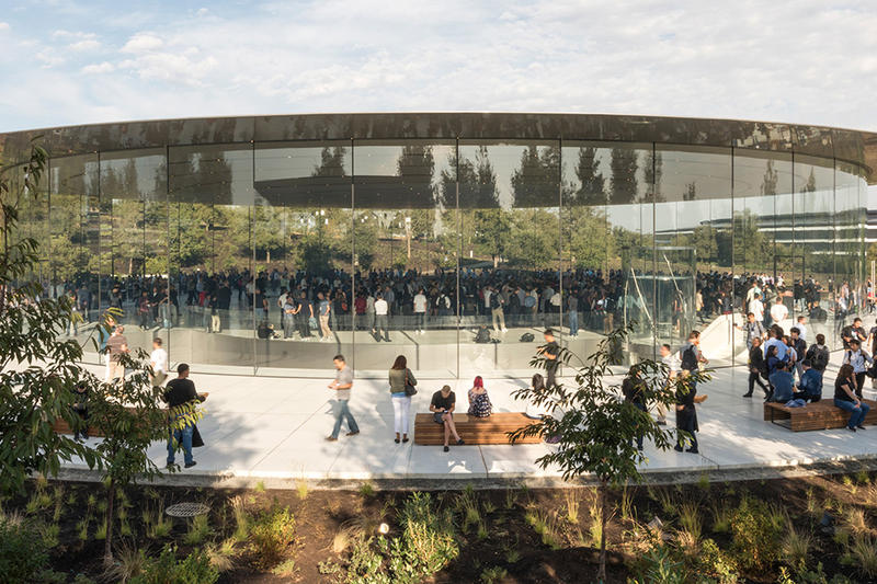 Apple  foster partners Steve Jobs Theatre
