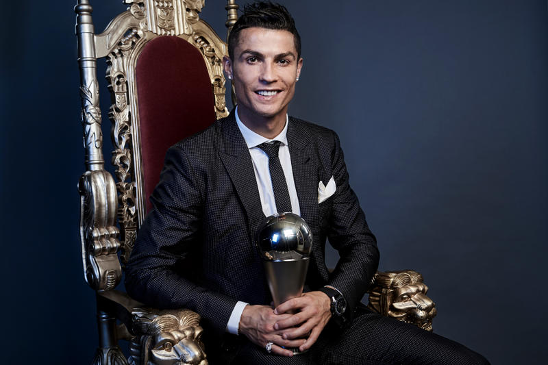 Cristiano Ronaldo FIFA Best Mens Player Award Winner 2017 Football Soccer Real Madrid Portugal lionel messi neymar jr london chair king
