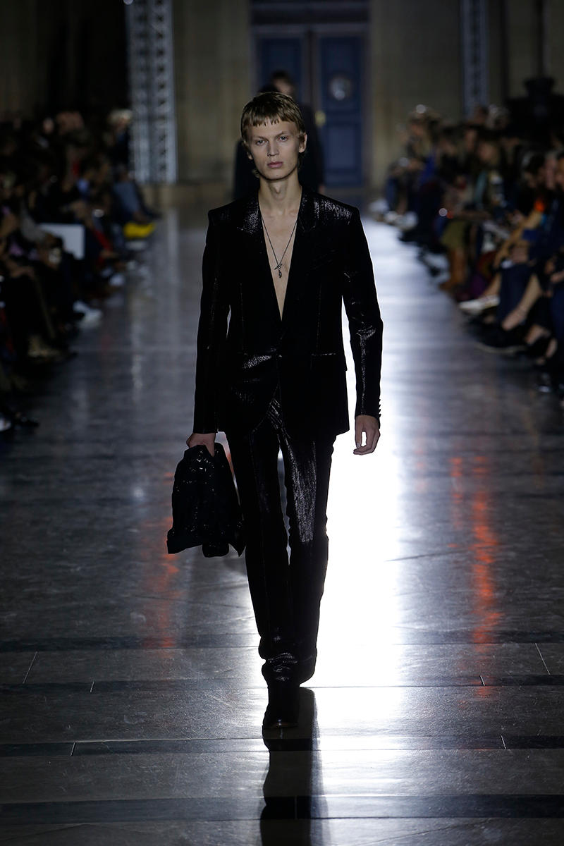 Givenchy Spring/Summer 2018 Runway Show Collection Clare Waight Keller