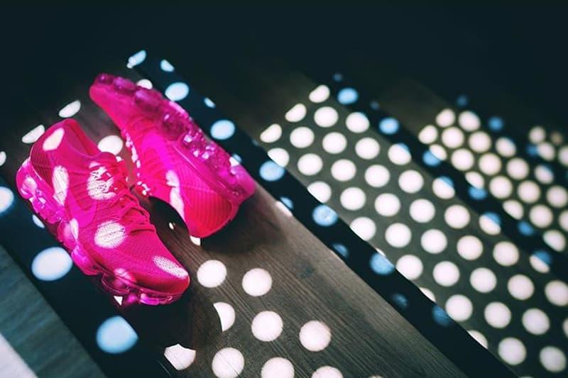 Nike VaporMax Triple Pink