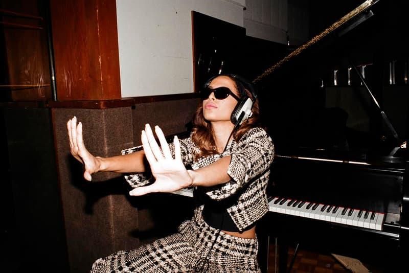 Snoh Aalegra Debut Album FEELS Stream Release Date Info 2017 October 20