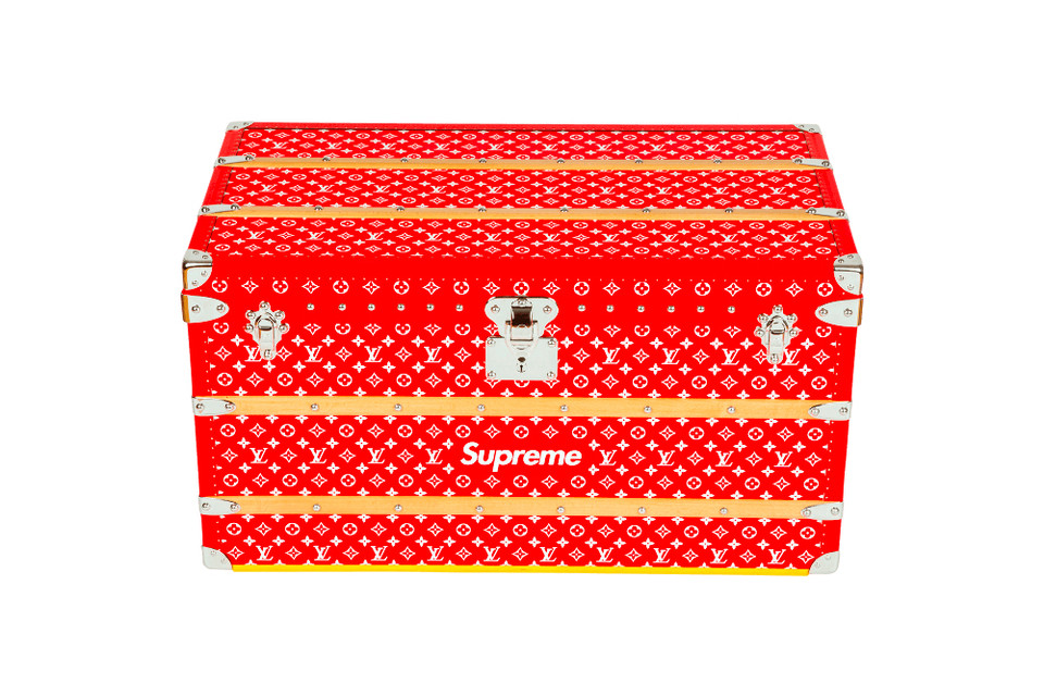 b09a5b92560d4 Supreme x Louis Vuitton Trunk Sells for $150K USD | HYPEBEAST