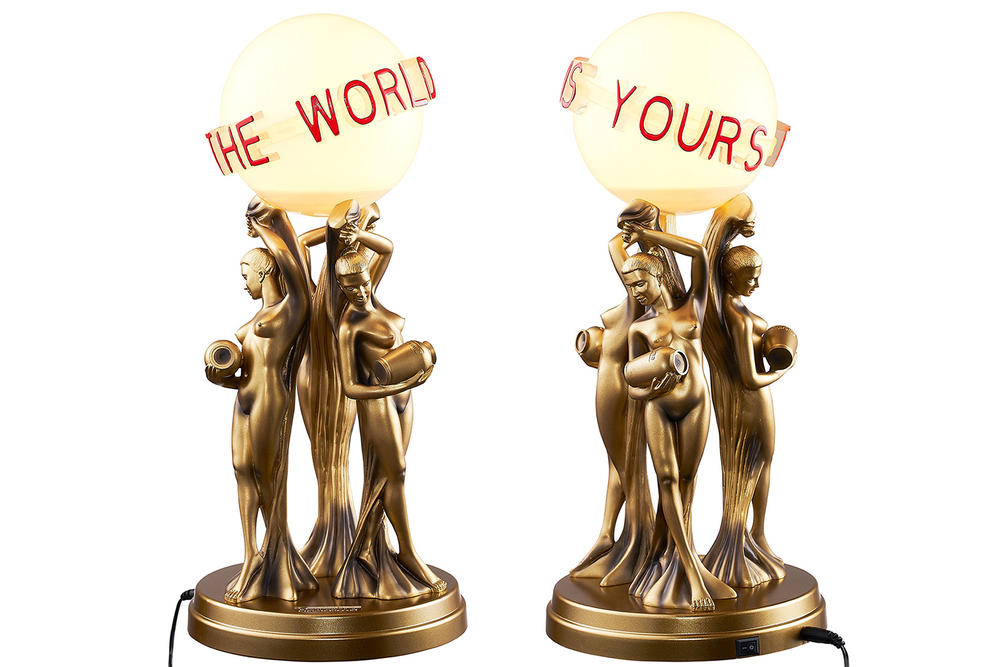 Supreme Scarface Desk Lamp The World Is Yours Gold Statue