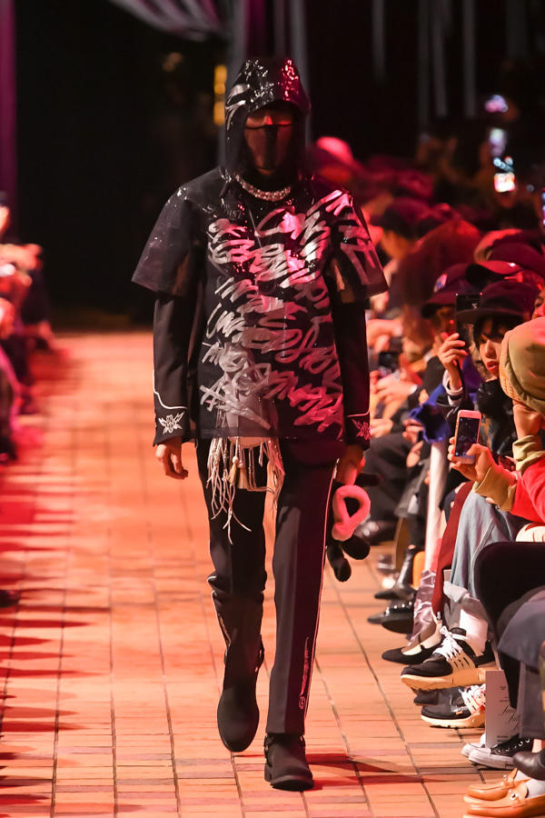TAKAHIROMIYASHITATheSoloist  Spring Summer 2018 Collection Amazon Tokyo Fashion Week