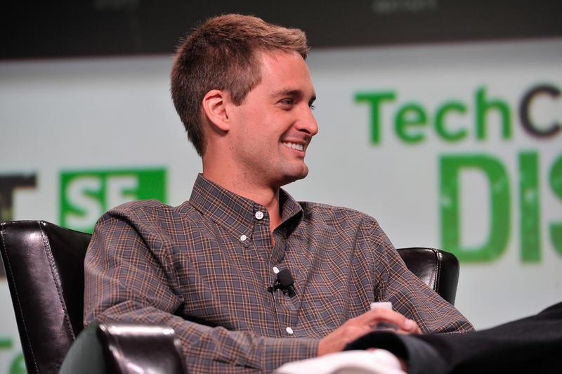 Snapchat founder Evan Spiegel Selling Shares SNAP Bobby Murphy Snap foundation Billionaire Billion