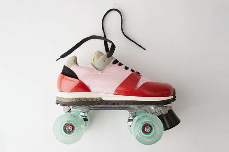 outlet store 0f149 692da Acne Studios Drops Roller Skates in Typically Off-Piste Release