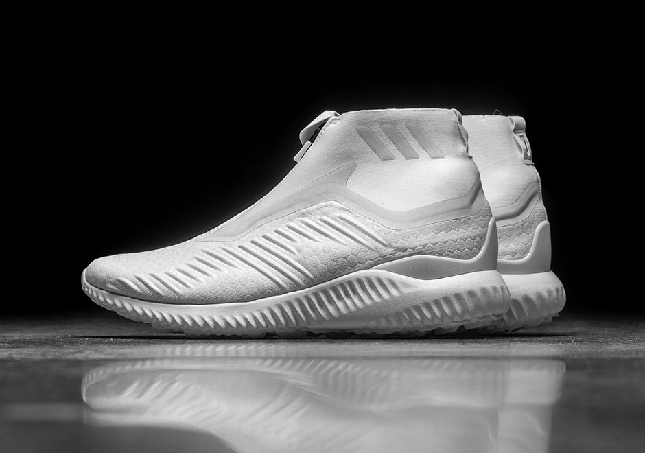 huge selection of 2b2b3 42ea7 The adidas AlphaBOUNCE Zip Releases In  Triple White