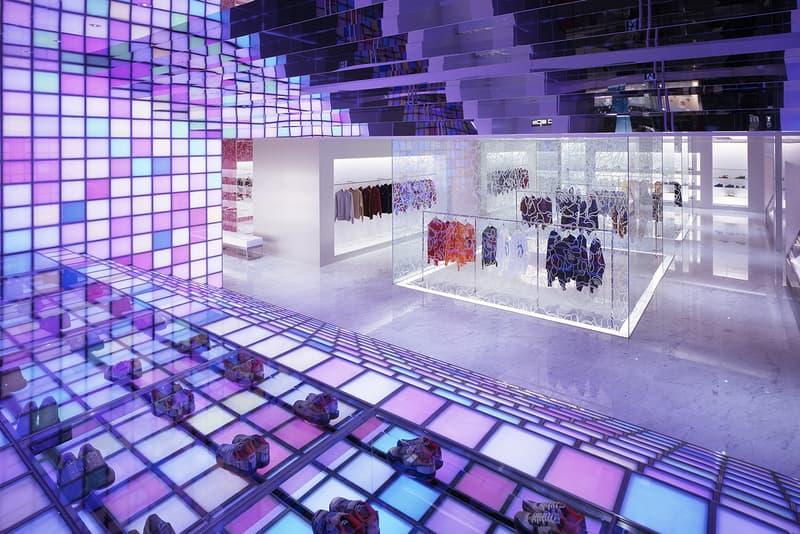 BAPE Paris Official Store Address Location 34 rue de la verrerie 75004 Wonderwall