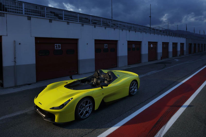 Dallara Stradale Road Car Unveiled Roadster yellow convertible sportscar sports race racecar Italian italy carbon-fiber no doors doorless