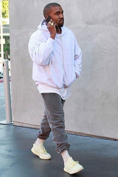 Kanye West Unreleased YEEZY BOOST 350 V2 Black Friday 2017 Semi Frozen Yellow Alternate Tonal Triple Sneakers Shoes Footwear