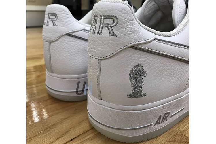 b7ebddda4af LeBron James Flaunts New Nike Air Force 1 Low