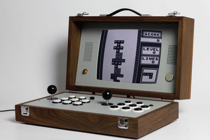 Love Hulten Retro Gaming Device Cary42