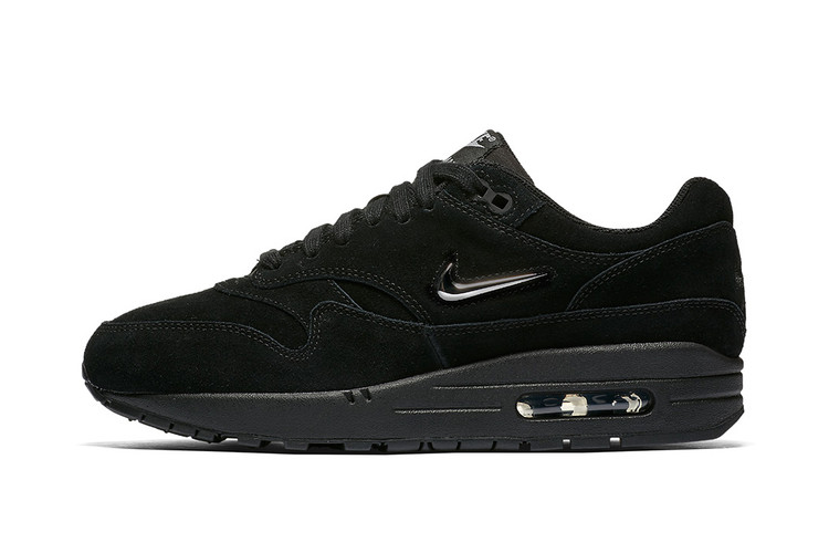 c55c12cc9e95 Nike Covers the Air Max 1 SC Jewel in